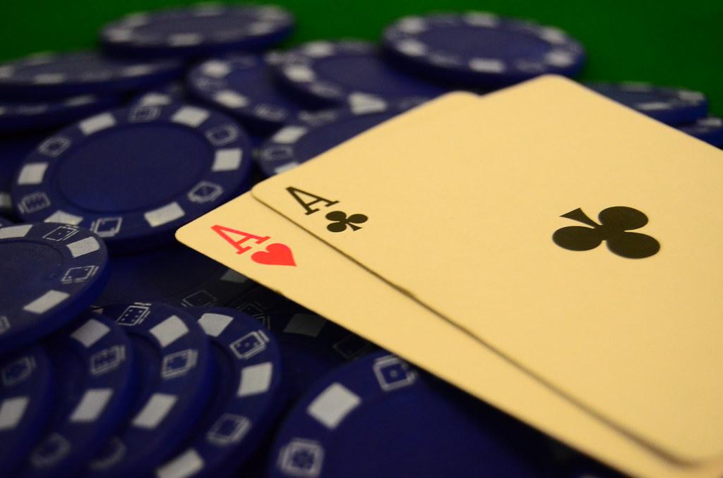 Cara Main Poker Tanpa Rekening dengan OVO dan Pulsa