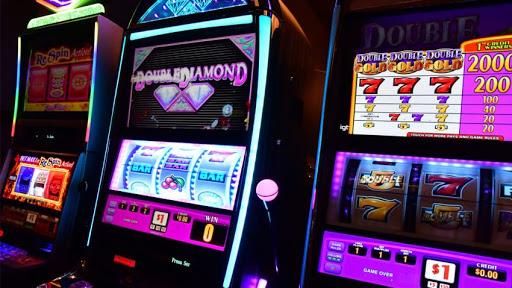 Tipe Mesin Slot Online dan Perbedaan Fitur Setiap Game